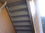 階段裏.jpg