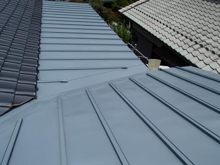 鋼板屋根完工.JPG